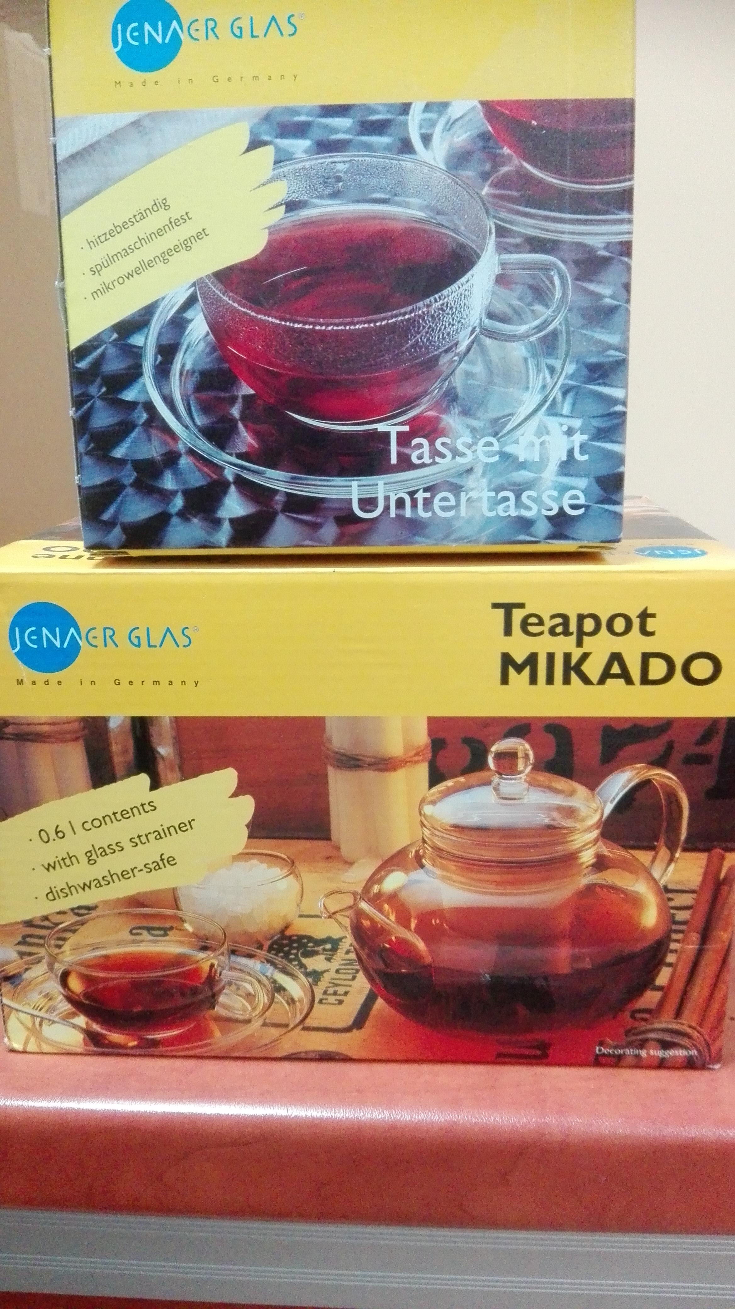Imbryk do herbaty MIKADO 0,6l  +4 filiżanki ze spodkiem